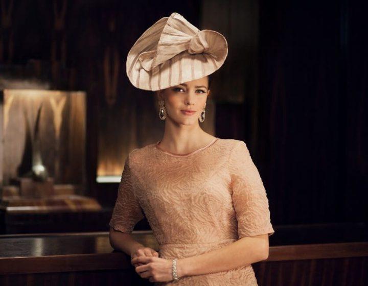 Chapeau couture intemporel