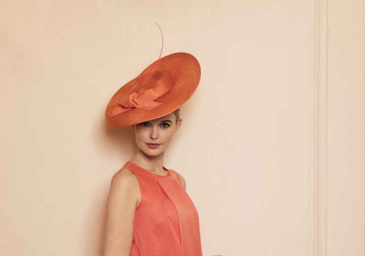Elegant and airy hat