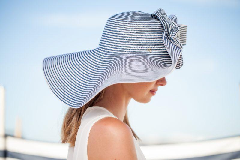 Chapeau d'été en paille cousue