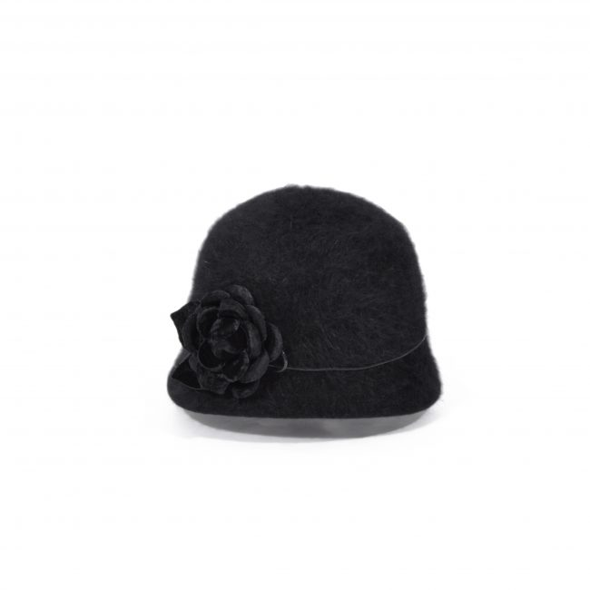 Petit chapeau cloche en angora