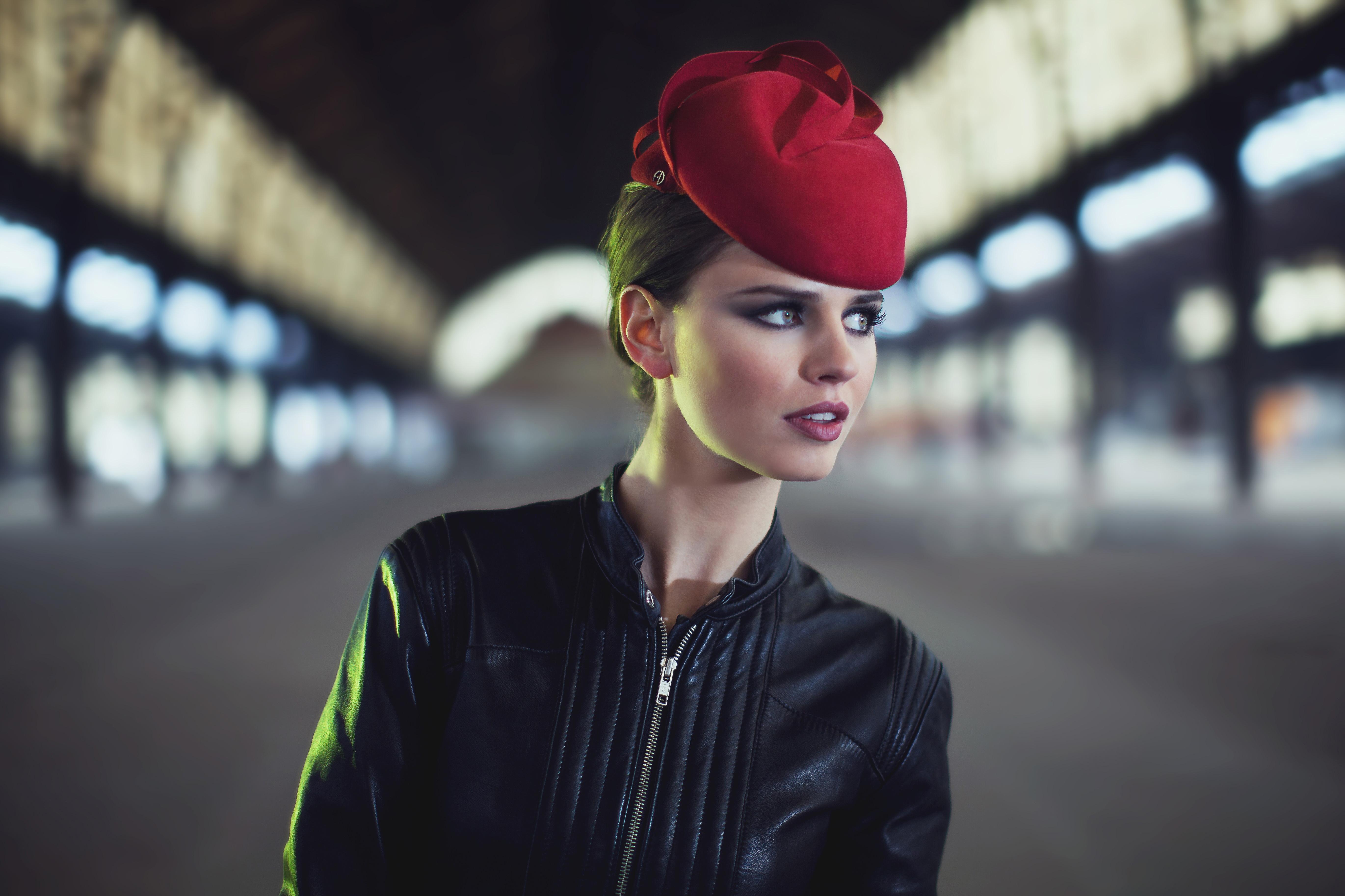 Petit bibi élégant et intemporel Chapeau Bibi bicolore en feutre velours