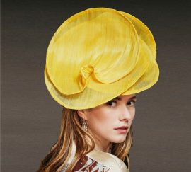 Fabienne Delvigne Chapeau Calista jaune Banane Collection Couture