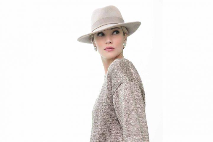 chapeau-fedora-imperméable-Leyla-feutre velours-beige-FabienneDelvigne.P2